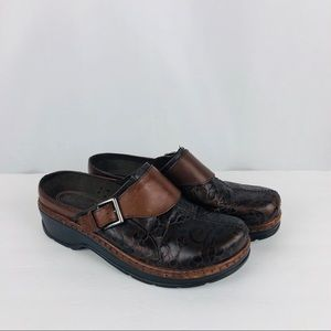 Klogs Leather Size 11M